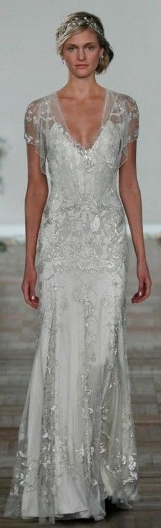 Jenny Packham Spring Summer 2013 - Azalea romantic white wedding gown with silver lace Vestidos Vintage, Vintage Dresses, Beautiful Gowns, Beautiful Outfits, Wedding Attire, Wedding Gowns, Wedding Bridesmaids, Evening Gowns Couture, Jenny Packham Bridal