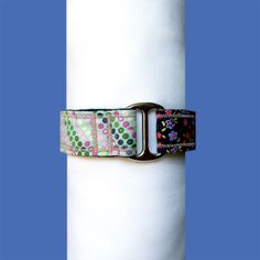 Collar tipo Martingale de 30mm de ancho.