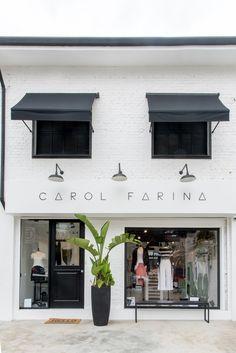 Fashion Store Design, Clothing Store Design, Facade Design, Architecture Design, Fashion Window Display, Modern Cafe, Boutique Interior, Loft Design, Shipping Container Homes