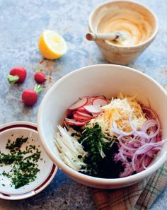 Kohlrabi salad by Benny Roff from Borsch, Vodka and Tears Spring Salad, Root Vegetables, Light Recipes, Salad Recipes, Vodka, Cravings, Food To Make, Salads, Lunch
