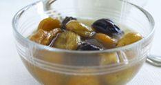 Klassisk fruktkräm på torkad frukt - så enkelt och så gott! Servera krämen med kall mjölk eller varför inte en skvätt ovispad grädde? Mums!