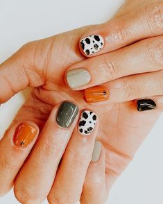 127 awesome acrylic coffin nails designs in summer 10 Modern House Design Minimalist Nails, Minimalist Decor, Cow Nails, Nagel Blog, Clean Nails, Simple Nail Designs, Nagel Gel, French Nails, Colorful Nails