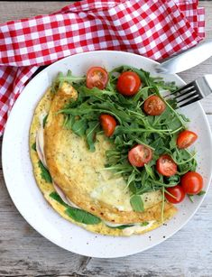 LINDASTUHAUG - det skal vere en opptur med sunn mat! Hummus, Ethnic Recipes, Food, Essen, Meals, Yemek, Eten