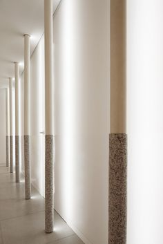 Pyeon-Gang Traditional korean medicine hospital, Republic of Korea Interior Lighting, Lighting Design, Lighting Ideas, Column Lights, Japanese Bar, Joinery Details, Interior Architecture, Interior Design, Column Design