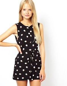 Spotted in Glee, rushed to asos.com in search of a similar style but found the exact same one, voila!  Goes with a flat stomach and skinny pins...  ASOS Shift Playsuit in Spot Print