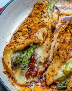 This asparagus stuffed chicken breast recipe is so juicy, keto-freindly, and easy to make. Watch our VIDEO to see just how easy it is to make this recipe! Chicken Breast Recipes Healthy, Chicken Recipes, Healthy Recipes, Chicken Asparagus, Asparagus Recipe, Asparagus Meals, Roasted Chicken, Side Dish Recipes, Dinner Recipes