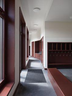 Fiechter & Salzmann Architekten - Schoolhouse, Ballwil 2012. Photos © Lucas Peters.
