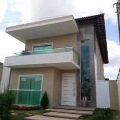100 fachadas de casas modernas e incríveis para inspirar seu projeto Small Modern House Plans, Modern Small House Design, Modern Minimalist House, House Front Design, Home Building Design, Building A House, Balcony Grill, Bali House, House Design Pictures