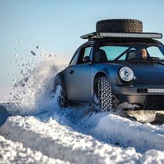 Nothing sounds as fun as rallying a Porsche Safari in the snow right now ❄️ 📸 Porsche 964, Porsche Cars, Sports Car Racing, Race Cars, Off Road Adventure, Automotive Photography, Rally Car, My Ride, Classic Cars