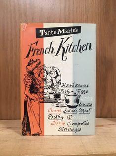67 ideas for kitchen french france Shaker Style Kitchens, Cool Kitchens, Scandinavian Tile, New Kitchen Interior, Kitchen Cabinets Decor, French Kitchen, Vintage Cookbooks, Vintage Shabby Chic, Antique Books