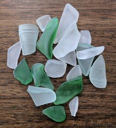 How to make sea glass in a rock tumbler for jewelry or arts and craft show products Sea Glass Crafts, Sea Glass Art, Seashell Crafts, Stained Glass Art, Beach Crafts, Diy Crafts, Recycled Crafts, Fused Glass, Driftwood Crafts