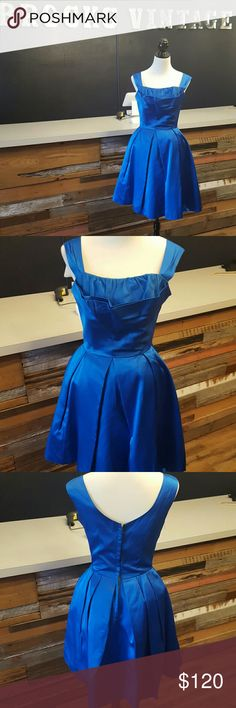Royal blue dress 1950s blue dress. This vintage dress is absolutely beautiful. This is a rare find with the under skirt to help the dress poof at the bottom. Don't miss out on the one! Vintage Dresses Prom