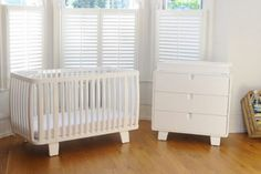 Bloom Retro Crib & Chest of Draw Package