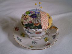 Teacup pincushion topped with a scrappy log cabin block and embellished with vintage buttons and yoyos. Look What I Made, Vintage Buttons, Pin Cushions, Teacup, Quilt Blocks, Repurposed, Upcycle, Craft Projects, Sew