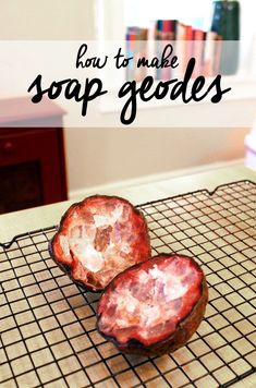 Make your own geode soaps with this geode soap tutorial that teaches you how to make homemade soaps that look like crystal geode soap rocks! #naturalsoaprecipes #homemadesoap
