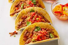 Please your palate with our Slow-Cooker Beef Barbacoa. Not only is this Slow-Cooker Beef Barbacoa easy to make, but it& also totally delicious! Slow Cooker Pressure Cooker, Crock Pot Slow Cooker, Crock Pot Cooking, Slow Cooker Recipes, Beef Recipes, Slower Cooker, Crockpot Meals, Family Recipes, Kraft Recipes
