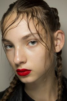Simone Rocha Spring 2017 Ready-to-Wear Fashion Show Beauty