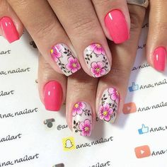 Aprenda como fazer unhas decoradas passo a passo com mais de 327 fotos de unhas lindas, delicadas e perfeitas! Modelos e vídeos de unhas artísticas! Nail Art Diy, Diy Nails, Spring Nails, Summer Nails, Flower Nails, Beautiful Nail Art, Creative Nails, Natural Nails, Nail Care