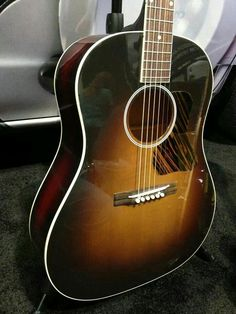The new 1934 Original Jumbo, brought to you by Gibson Acoustics Gibson Acoustic, Gibson Guitars, Fender Guitars, Acoustic Guitars, Guitar Collection, Guitar Art, Playing Guitar, Musical Instruments, The Originals