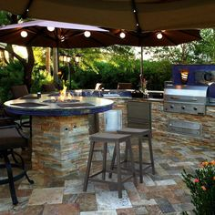 Trendy backyard fire pit area layout outdoor Trendy backyard fire pit area layout outdoor kitchens Stunning Outdoor Kitchen Ideas For Memorable Family GatheringBreathtaking 17 Stunning Outdoor Kitchen Ideas For Memorable Family Gathering Small Outdoor Kitchens, Outdoor Kitchen Plans, Outdoor Kitchen Countertops, Backyard Kitchen, Outdoor Kitchen Design, Covered Outdoor Kitchens, Simple Outdoor Kitchen, Backyard Bar, Patio Bar Stools