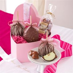 Caramel apples is a creative cute gift for ones with sweet tooth.
