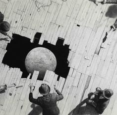 nice Grandiose Theatrical Narratives Manifested as Large-Scale Graphite Drawings by Ethan Murrow