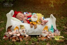 Snow White, Newborn Session, Newborn Photography, Disney, Snow White Photo, Seven Dwarfs, Chelsea Anne Photography, Baby Photography