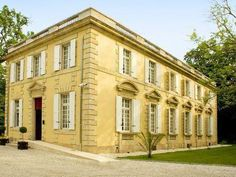 Bordeaux La Reserve au Pavillon Du Chateau Raba Hotel France, Europe Stop at La Reserve au Pavillon Du Chateau Raba Hotel to discover the wonders of Bordeaux. Offering a variety of facilities and services, the hotel provides all you need for a good night's sleep. To be found at the hotel are facilities for disabled guests, Wi-Fi in public areas, car park, room service, airport transfer. Television LCD/plasma screen, whirlpool bathtub, air conditioning, heating, wake-up service...