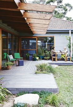 Exterior back patio living. Outdoor Rooms, Outdoor Gardens, Outdoor Living, Outdoor Decor, Outdoor Decking, Decking Ideas, Outdoor Kitchens, Patio Ideas, Exterior Design