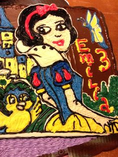 snow white freehanded cake