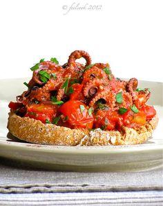 ooh, I want it! Friselle integrali con polipetti al pomodoro by FeelCook, via Flickr