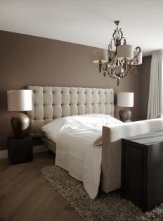 Bedroom with brown details