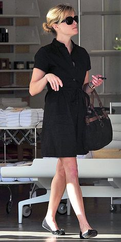 this dress.. just not so short REESE WITHERSPOON photo | Reese Witherspoon