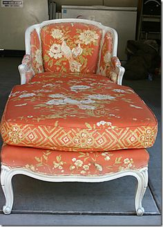 Hyphen Interiors - Before pic of chaise that was painted light pink! Amazing! So going to do this!