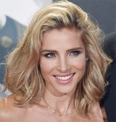 Elsa Pataky, Mauve Makeup, Beauty Lookbook, Cool Blonde, Casual Hairstyles, Eva Longoria, How To Make Hair, Gorgeous Hair, Short Hair Styles
