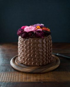 Don't skimp on the chocolate this Mother's Day! Make your own version of this yummy flower-topped chocolate cake.