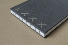 Coptic Bound Journal Medium Size in Metallic Gray por paperiaarre