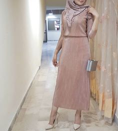 Girls' Hijab Party Dresses – Just Trendy Girls - Fashion Outfits Hijab Dress Party, Hijab Style Dress, Hijab Chic, Hijab Outfit, Party Dresses, Modest Outfits Muslim, Modest Dresses, Girls Dresses, Hijab Style Tutorial