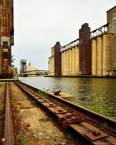Concrete Giants of Elevator Alley: Having been a fan of the Buffalo grain elevators for years this was an experience like no other! ... #etbtsy #buffalony #buffalove #grainelevators #elevatoralley #silocity