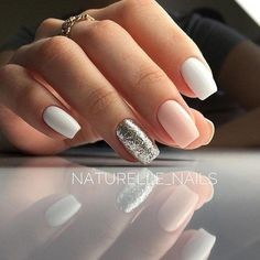 There are three kinds of fake nails which all come from the family of plastics. Acrylic nails are a liquid and powder mix. They are mixed in front of you and then they are brushed onto your nails and shaped. These nails are air dried. Nagellack Design, Nagellack Trends, Casual Nails, Trendy Nails, Hair And Nails, My Nails, Nails 2018, Nagel Gel, Gorgeous Nails