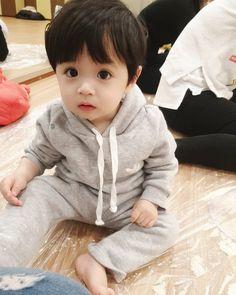 Cute Baby Boy, Baby Boy Swag, Cute Little Baby, Little Babies, Baby Love, Baby Kids, Cute Asian Babies, Korean Babies, Asian Kids