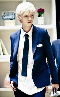 #Luhan #EXO
