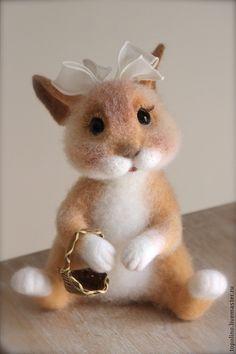 зайка Сара - зайка,зайчик,валяная игрушка,заяц игрушка,игрушка ручной работы
