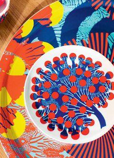 Marimekko 2015 Spring-Sumer Home Marimekko, Salad Plates, Surface Pattern Design, Spring Summer 2015, Scandinavian Design, Textile Design, Icon Design, Objects, Kids Rugs