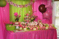 Owl Cake/Cupcake Table Set Up  https://www.etsy.com/listing/122651743/printable-diy-cupcake-topper-owl-girl