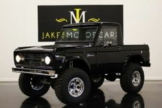 Ford : Bronco Halfcab Restomod