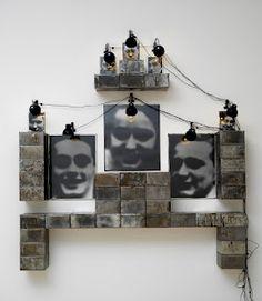 """Christian Boltanski  """"Autel Lycée  chaises"""" 1989  Je vous ai mis un lien"""