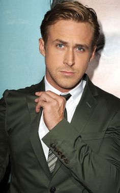 Canada must have something in their water to produce sexy men like Ryan Gosling