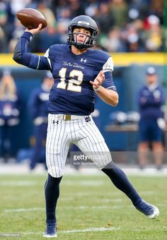 News Photo   Notre Dame Fighting Irish quarterback Ian Book... College  Football Games e21796708