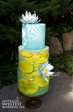 Flower cake by elinor (bakery cakes water) Gorgeous Cakes, Pretty Cakes, Amazing Cakes, Cupcakes, Cupcake Cakes, Frog Cakes, Bolo Floral, Floral Cake, Lotus Cake